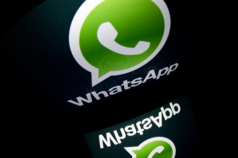 Joven agrega a su abuelo a grupo de WhatsApp y se vuelve viral