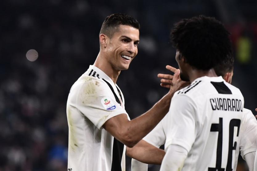 Cristiano Ronaldo publica foto de su 'look' imitando a Cuadrado