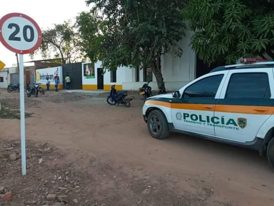 Como en el viejo oeste, asaltan oficina de transito en el Banco Magdalena