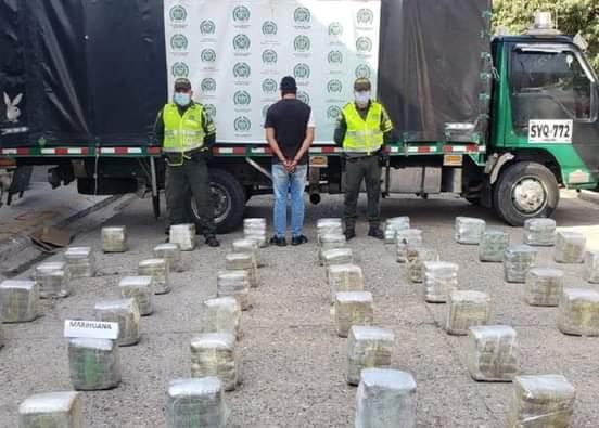 Incautaron 700 kilos de marihuana en un camión que cubría la ruta Cali – Cartagena