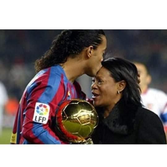Muere de covid-19 la madre de Ronaldinho Gaúcho