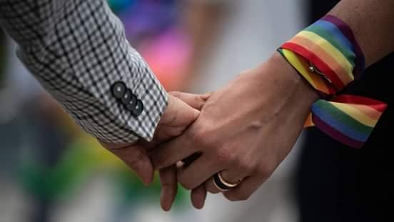 El Vatinacano no aprobará matrimonio entre homosexuales.