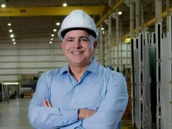 Christian Daes busca comprar vacunas covid para sus empleados y vecinos de su empresa