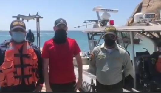 Armada de Colombia rescata turista en Santa Marta.