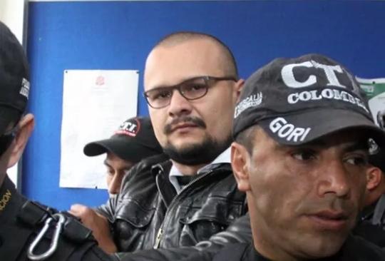 Ante la Fiscalía radican declaraciones del hacker Andrés Sepúlveda.