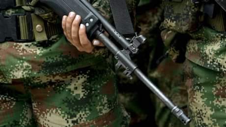Soldado se fugó con seis fusiles del cantón militar de Buga, Valle del Cauca