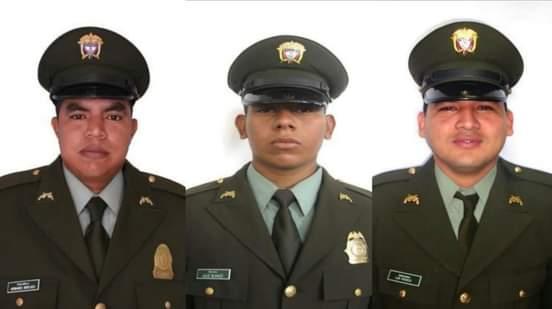 $150 millones por información de asesinos de los tres policías.